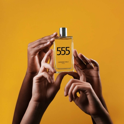 Gender-free and mysterious perfume 555