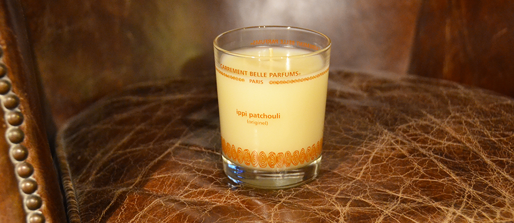 Discover the opinion of Les Noeuds de Justine about Carrement Belle scented candle ippi patchouli