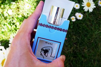 Sensual perfume, musc is a unisex fragrance that you can share... or keep just for yourself!