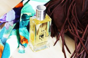 The eau de parfum SO under Oceane's skin